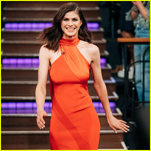 Alexandra Daddario Says Meghan Markle Has Ruined Her Top Yoga Spot