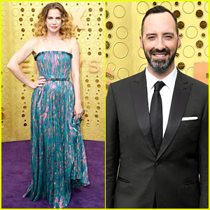 Anna Chlumsky, Tony Hale, & 'Veep' Cast Step Out for Emmy Awards 2019!