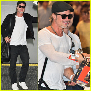 Brad Pitt Gets Greeted By Fans While Arriving in Japan!