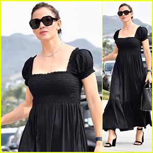 Jennifer Garner Wears a Black Dress to Family Sunday Church Service