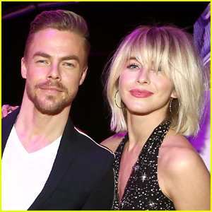 Nbc Christmas Specials 2019.Julianne Derek Hough Land Nbc Holiday Special Derek