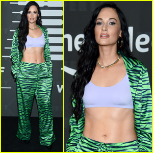 Kacey Musgraves Bares Ripped Abs at Rihanna's Savage X Fenty NYFW Show!