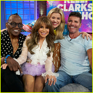 Kelly Clarkson Reunites with 'American Idol' Judges Simon Cowell, Randy Jackson, & Paula Abdul!