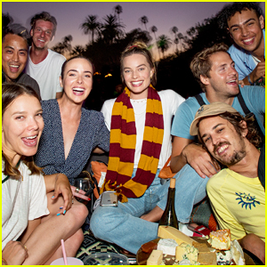Margot Robbie Enjoys Labor Day Weekend with 'Harry Potter' Cinespia Screening!