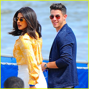 Nick Jonas & Priyanka Chopra Ride in a Seaplane in NYC!