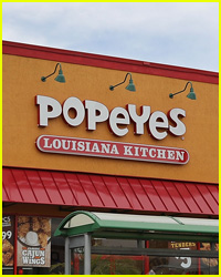 You Can Eat a Popeye's Chicken Sandwich with This Hack