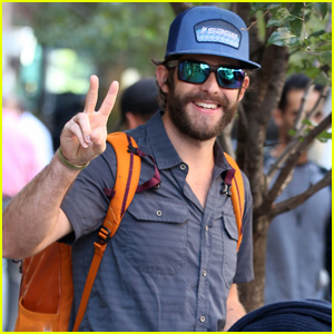 Thomas Rhett is All Smiles During Day Out in NYC