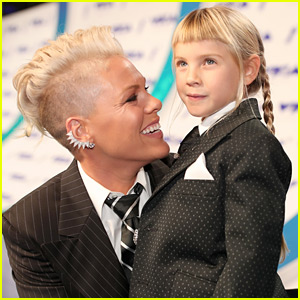 Pink's Daughter Willow Hart Has a New Shaved Head Haircut!