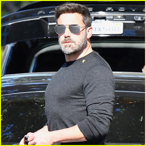 Ben Affleck Shows Off His Buff Figure While Out in Brentwood