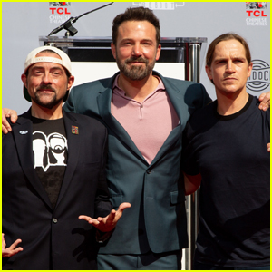 Ben Affleck Supports Pals Kevin Smith & Jason Mewes at Hands & Footprint Ceremony!