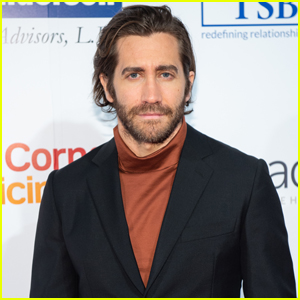 Jake Gyllenhaal Shows His Support at Headstrong Gala 2019