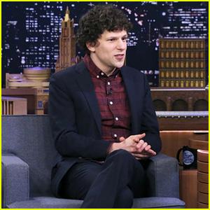 Jesse Eisenberg Blames 'Deadpool' for 'Zombieland' Sequel Delay - Watch!