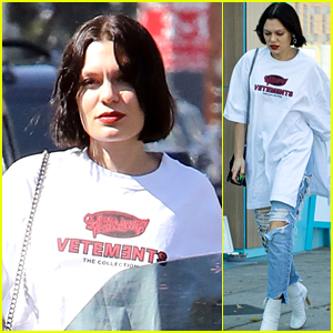Jessie J Heads to the Nail Salon With a Friend in LA