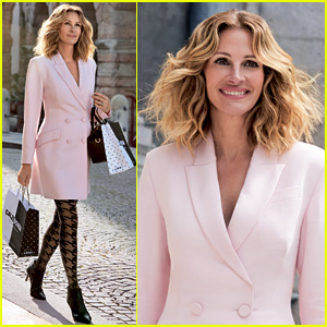 Julia Roberts Rocks Pink Blazer & Tights for Italian Fashion Campaign