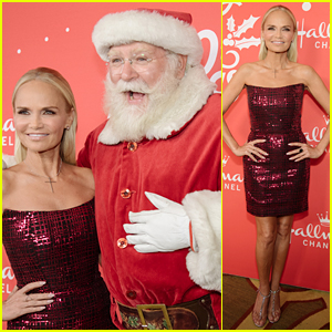 Kristin Chenoweth Gets Into the Holiday Spirit at Hallmark Movie Premiere!
