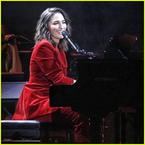 Sara Bareilles Triumphs at MSG with Biggest Show of Her Career So Far!