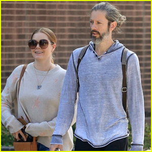 Amy Adams & Husband Darren Le Gallo Go for a Stroll in Sunny Beverly Hills