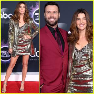 Cobie Smulders & Taran Killam Couple Up for American Music Awards 2019