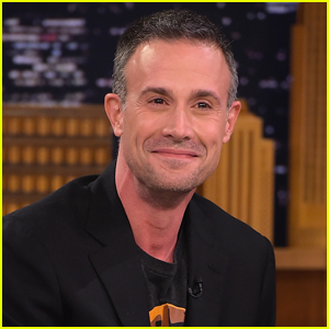 Freddie Prinze Jr. Says His 'Friends' Role Almost Went to This Oscar Winner!