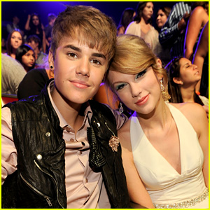Justin Bieber Seemingly Shows Support for Big Machine Records in Taylor Swift Song Battle