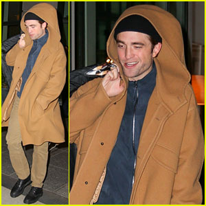 Robert Pattinson Shows Off His Fall Style While Checking Out of NYC Hotel