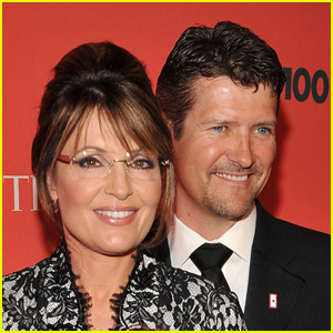 Sarah Palin Says She Found Out Husband Todd Was Divorcing Her in an Email