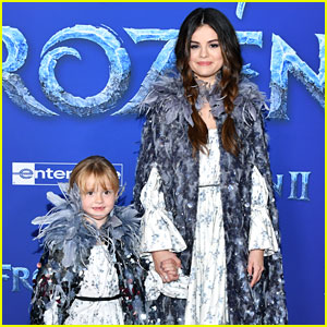 Selena Gomez & Sister Gracie Wear Matching Outfits at 'Frozen 2' Premiere!