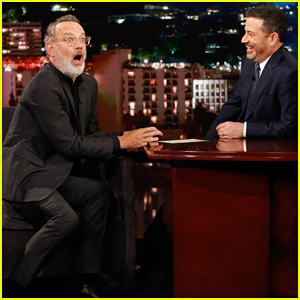 Tom Hanks Recalls Being Threatened By Mr Rogers Fan While Filming A Beautiful Day In The Neighborhood Tom Hanks Just Jared