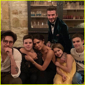 Victoria Beckham Shares Sweet Family Photo on Thanksgiving!