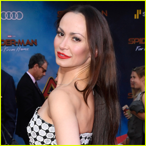 'Dancing with the Stars' Pro Karina Smirnoff is Pregnant!