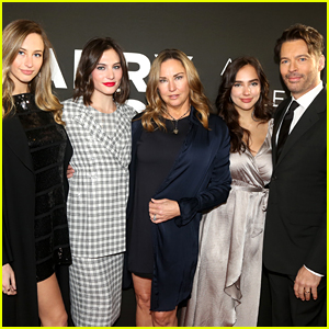 Harry Connick Jr. Celebrates His Broadway Opening with Family!