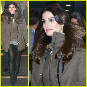 Idina Menzel Performs New Song 'At This Table' From Her New Holiday Album on 'Today' - Watch!