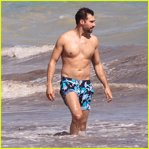 James Maslow Takes a Dip in the Ocean While on Vacation in Mexico