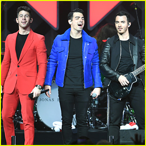Jonas Brothers Play the Final Jingle Ball Show of the Year
