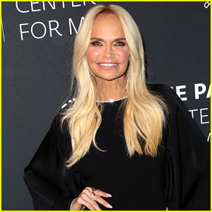 Kristin Chenoweth Reunites with 'Pushing Daisies' Producer for Disney+ Series!