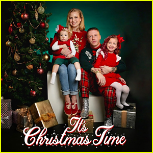 Macklemore Debuts First-Ever Holiday Song 'It's Christmas Time' With His Daughter Sloane & Dan Caplen - Listen!