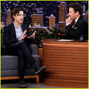 Noah Baumbach Reacts to Popular 'Marriage Story' Memes on 'Fallon' - Watch Here!