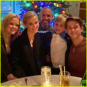 Reese Witherspoon's Kids Share Sweet Family Pics on Christmas Day!