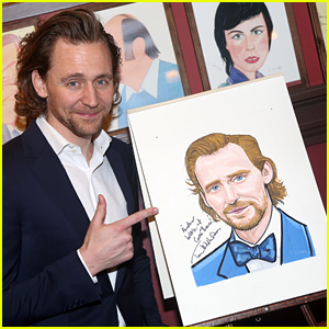 Tom Hiddleston Honored With Caricature for 'Betrayal' Broadway Performance