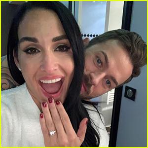 'DWTS' Couple Artem Chigvintsev & Nikki Bella Are Engaged!