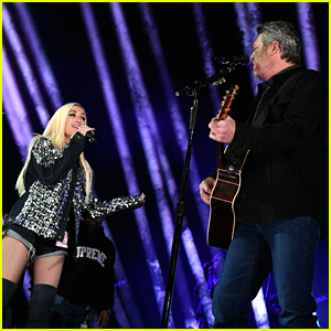 Blake Shelton Says It's The 'Easiest Thing In The World' To Sing With Gwen Stefani Ahead of Grammys Performance