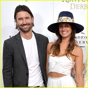 Brandon Jenner Marries Pregnant Fiancee Cayley Stoker!