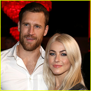 Is Julianne Hough Sending a Message About Her Relationship with Brooks Laich?