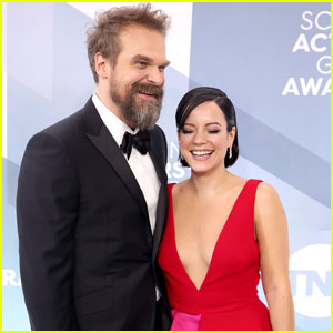 David Harbour & Lily Allen Couple Up For SAG Awards 2020!