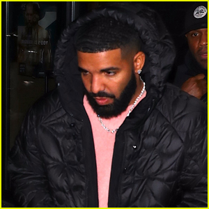 Drake Parties with Friends in New York City!