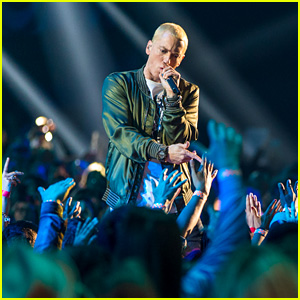 Eminem Notches 10th No. 1 Album With 'Music to Be Murdered By' on Billboard 200
