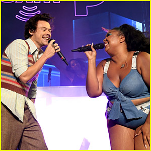Lizzo Performs 'Juice' with Surprise Guest Harry Styles