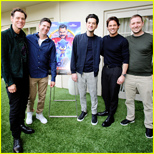 Jim Carrey & James Marsden Step Out For 'Sonic The Hedgehog' Press Conference