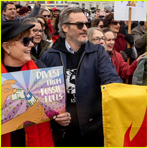 Joaquin Phoenix Gets Detained at Jane Fonda's Fire Drill Friday Protest in D.C.