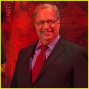 Jon Lovitz Plays Trump's Impeachment Attorney Alan Dershowitz in 'SNL' Cold Open - Watch!